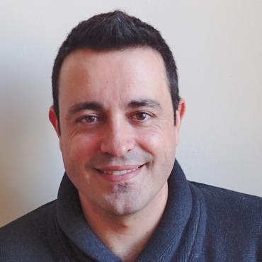 Dr. Daniel Urda
