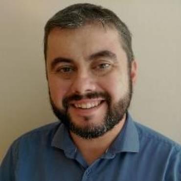 Dr. Blas Salvador