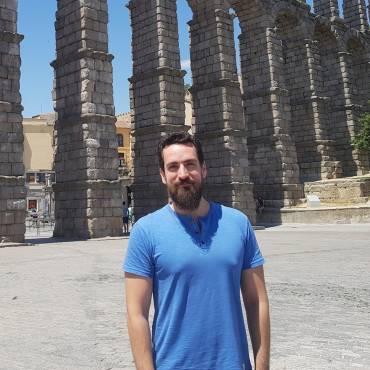 Dr. Javier Badesa